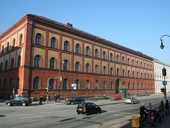 Zentralbibliothek der UB der LMU