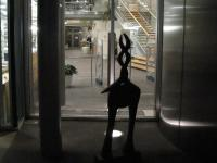 """Skulptur """"Drehhorn"""" der Künstlerin Liesel Metten"""