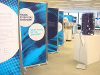 Die Ausstellung Weltmaschine im Hauptlesesaal der Universitätsbibliothek