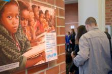 Ausstellung der UNICEF-Hochschulgruppe in der UB Bayreuth